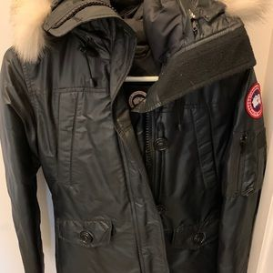 Canada Goose XS shiny black bomber jacket